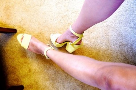 thereafterish, shoe porn, asian street style fashion, yellow shoes, yellow heels