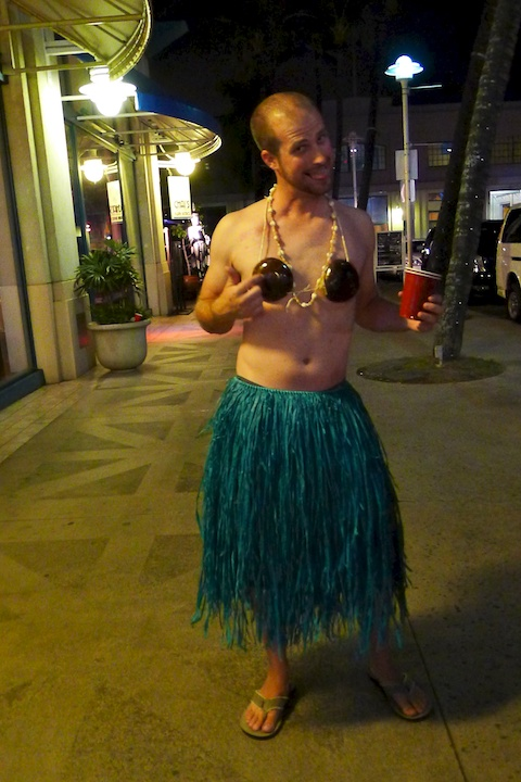 thereafterish, Aloha Tower Halloween Party, Hula Man